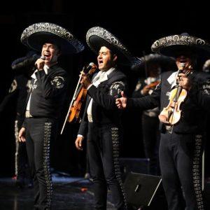 El mejor mariachi del mundo le canta a Saltillo en su 444 aniversario