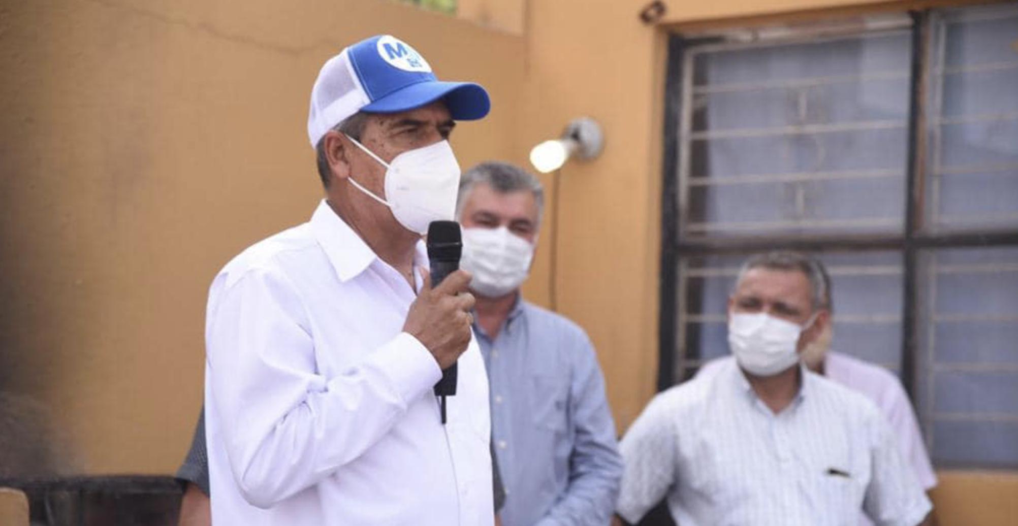 MARIO DAVILA INCLUYE VACUNAR CONTRA EL COVID A PERSONAL MEDICO DE PRIMERA LINEA DE CLINICAS PARTICULARES