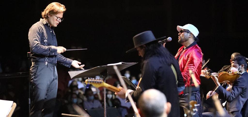 Espectacular homenaje a Coldplay en el Festival Internacional de Cultura de Saltillo