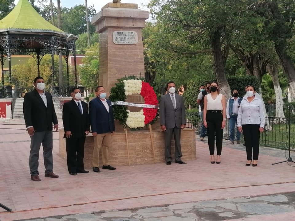 CEREMONIA CIVICA CONMEMORATIVA AL 211 ANIVERSARIO DE LA INDEPENDENCIA DE MÉXICO