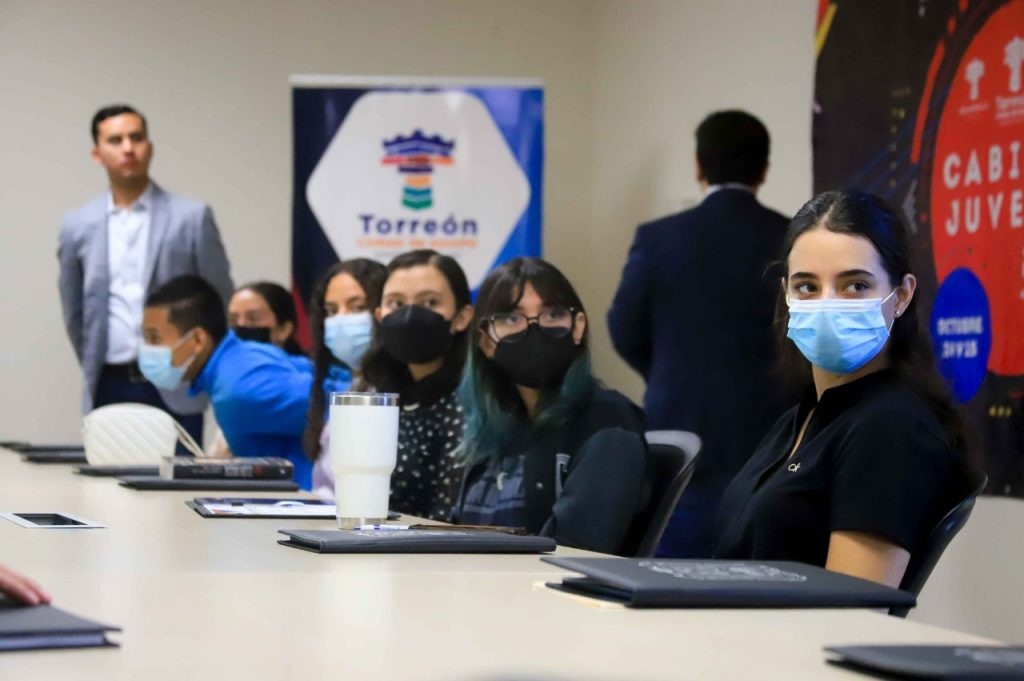 Integrantes del Cabildo Juvenil acuden a talleres de Participación Ciudadana
